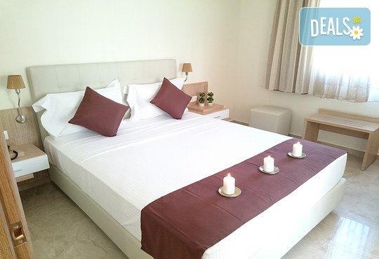 Artemis Plaza Hotel 3* - снимка - 3