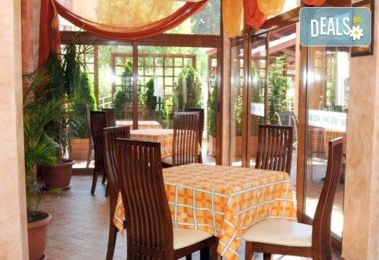 Хотел Капри 3* - снимка - 15