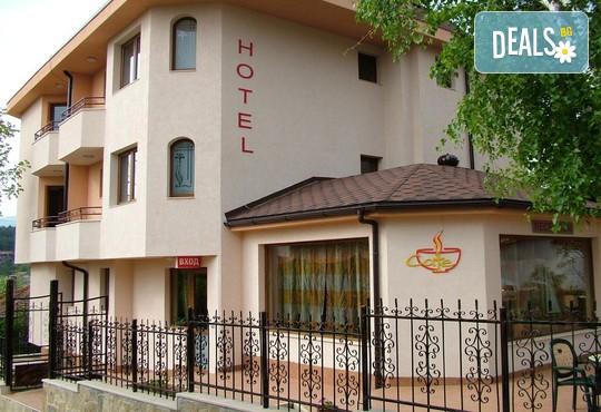 Семеен хотел Емали - снимка - 1