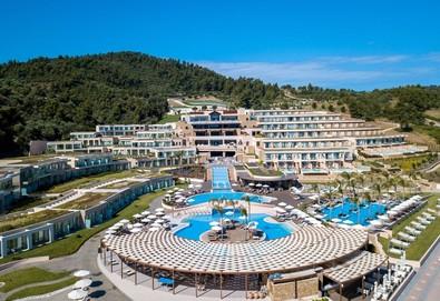 Нощувка на база Закуска,Закуска и вечеря,Ultra all inclusive в Miraggio Thermal Spa Resort 5*, Палюри, Халкидики - Снимка