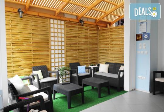 Хотел Аквамарин 3* - снимка - 3