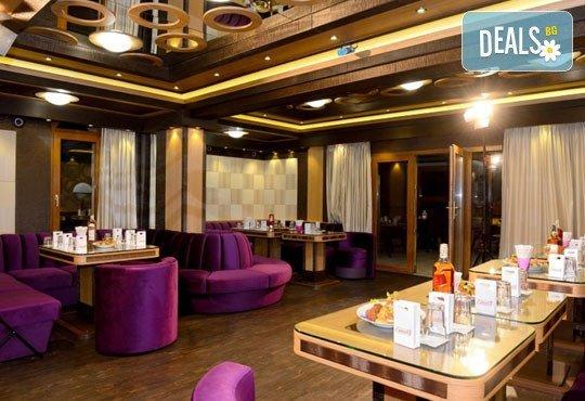 Семеен хотел Емали Грийн 3* - снимка - 11