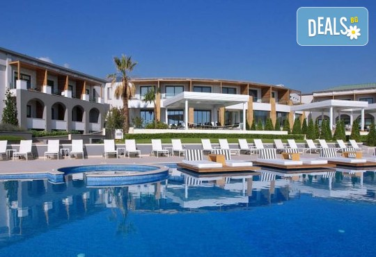 Cavo Olympo Luxury Resort & Spa 5* - снимка - 1