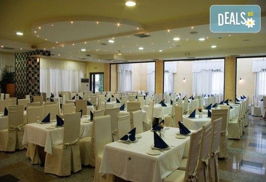 Mediterranean Resort Hotel 4* - снимка - 8