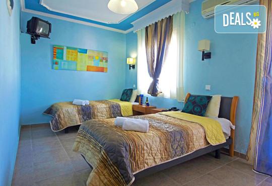 Olympus Hotel 3* - снимка - 3