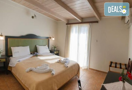 Vassiliki Bay Hotel 2* - снимка - 2