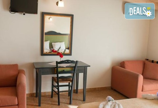 Vassiliki Bay Hotel 2* - снимка - 4