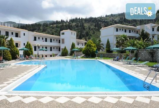 Santa Marina Hotel 3* - снимка - 1