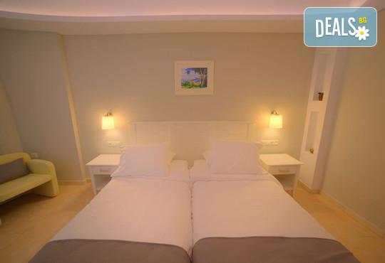 Elea Beach Hotel 4* - снимка - 21