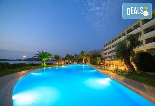 Elea Beach Hotel 4* - снимка - 1