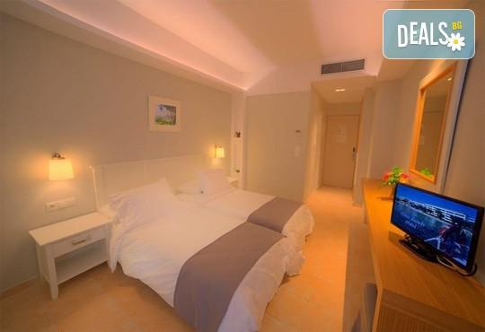 Elea Beach Hotel 4* - снимка - 27