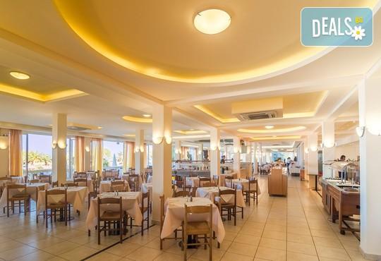 Messonghi Beach Hotel 3* - снимка - 17