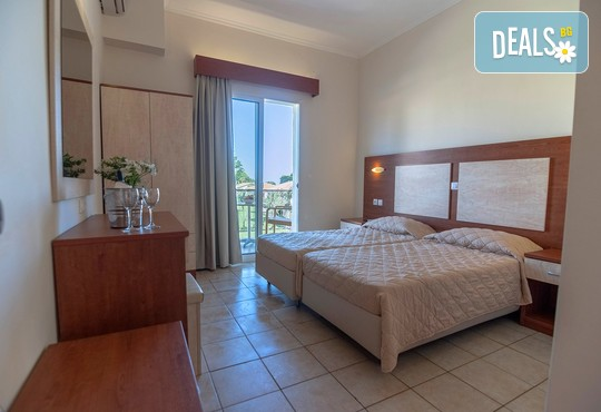 Messonghi Beach Hotel 3* - снимка - 12
