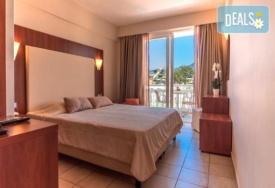 Messonghi Beach Hotel 3* - снимка - 11