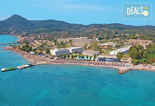 Messonghi Beach Hotel 3* - снимка - 1