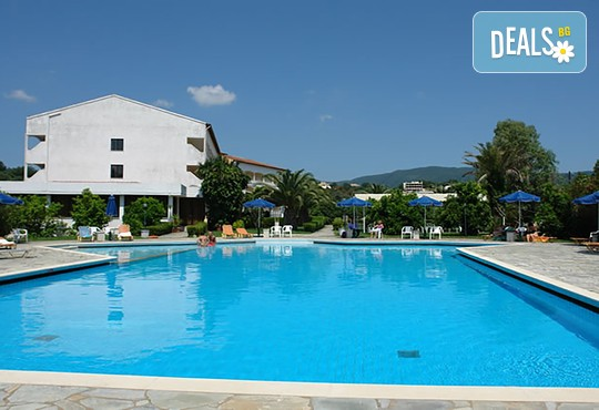 Livadi Nafsika Hotel 3* - снимка - 1