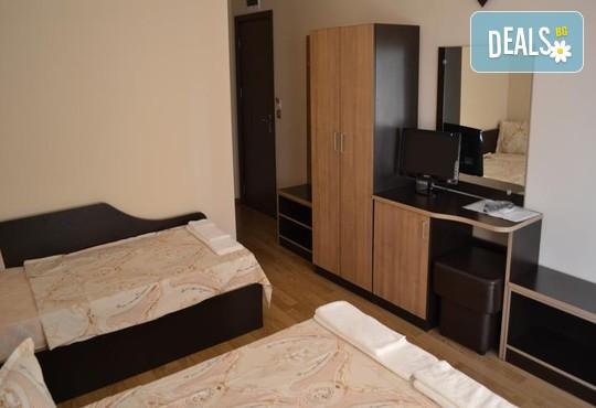 Семеен хотел Свети Георги 2* - снимка - 3