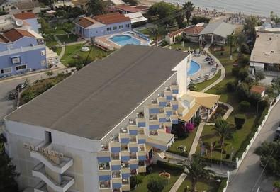 Нощувка на човек на база Закуска и вечеря, All inclusive в Hotel Albatros, о. Корфу - Снимка