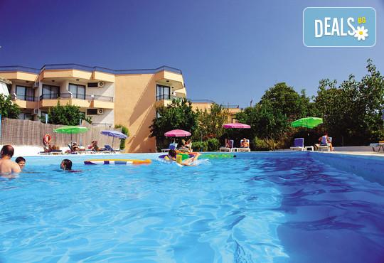 Alkionis Hotel 3* - снимка - 1