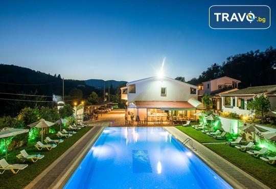 Across Paradise Inn Hotel 3* - снимка - 3