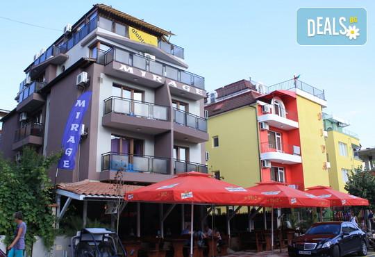 Семеен хотел Мираж 3* - снимка - 3