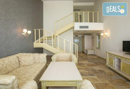 Хотел Роял Бей 4* - снимка - 18