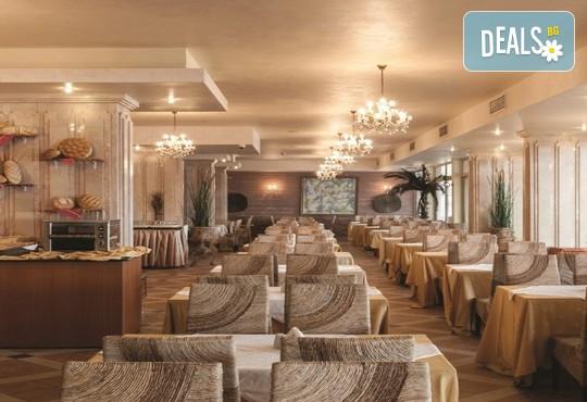 Хотел Роял Бей 4* - снимка - 35