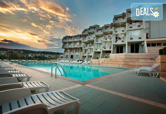 Хотел Панорама 3* - снимка - 2