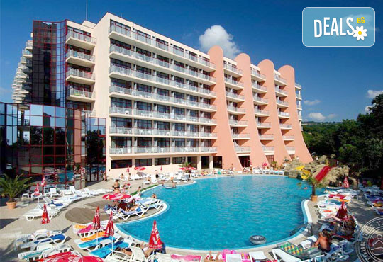 Хотел Double Tree By Hilton 4* - снимка - 2