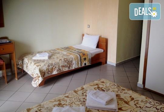 Athina Hotel 2* - снимка - 4
