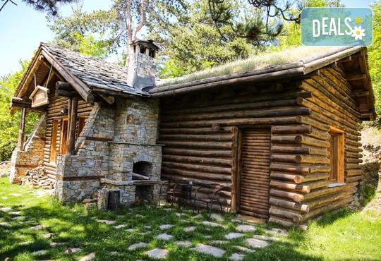 Еко къщи към Валентина Касъл Хотел - снимка - 4