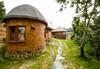 Еко къщи към Валентина Касъл Хотел - thumb 2