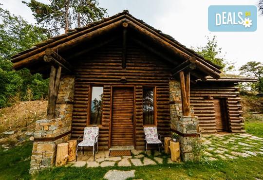 Еко къщи към Валентина Касъл Хотел - снимка - 11