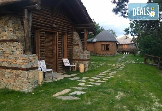 Еко къщи към Валентина Касъл Хотел - снимка - 31
