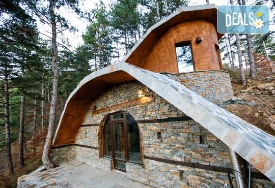 Еко къщи към Валентина Касъл Хотел - снимка - 7