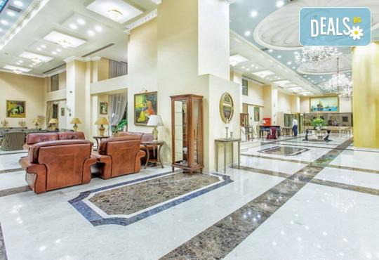 Grand Hotel Palace 5* - снимка - 8