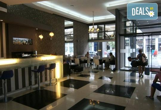 Metropolitan Hotel 3* - снимка - 9