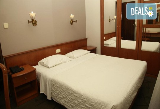 Metropolitan Hotel 3* - снимка - 2