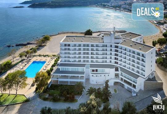 Lucy Hotel 5* - снимка - 2