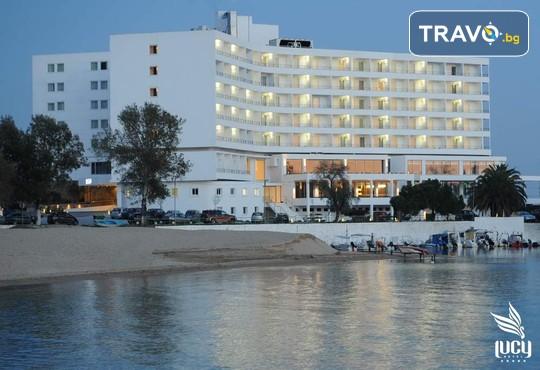 Lucy Hotel 5* - снимка - 3