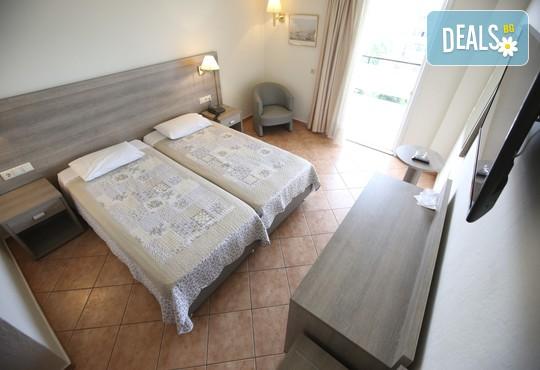 Oceanis Hotel 3* - снимка - 5