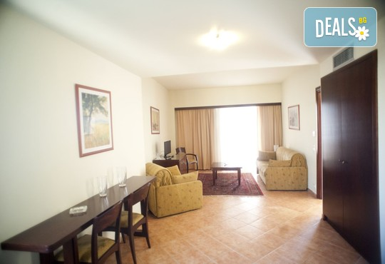 Oceanis Hotel 3* - снимка - 10