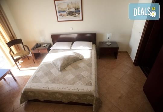 Oceanis Hotel 3* - снимка - 9