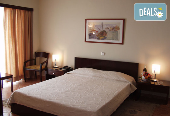 Oceanis Hotel 3* - снимка - 8