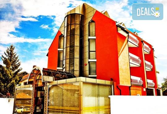 Хотел Виа Лакус 3* - снимка - 1