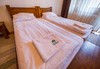 Почивка през есента в Родопите! Нощувка със закуска и вечеря в хотел Лещен в село Лещен, ползване на вътрешен топъл басейн, вътрешно джакузи, зона за релакс, безплатно за дете до 5.99 г.  - thumb 8
