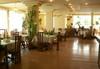 Релакс в Хотелски комплекс Долна баня, Долна баня! 1 нощувка със закуска, ползване на релакс център, вътрешен и външен минерален басейн, безплатно за дете до 5.99 г. - thumb 14