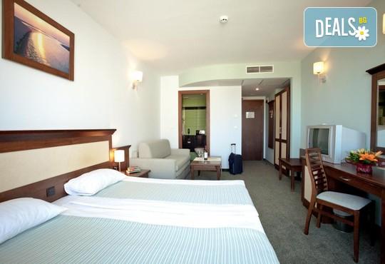 Хотел Лион 4* - снимка - 4