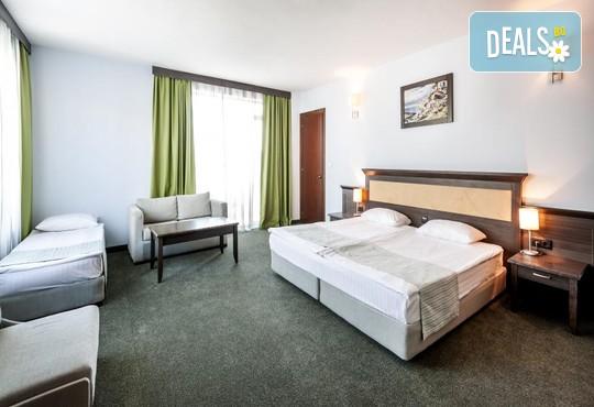 Хотел Лион 4* - снимка - 3