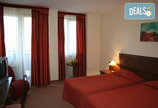 Хотел Евелина Палас 4* - снимка - 8
